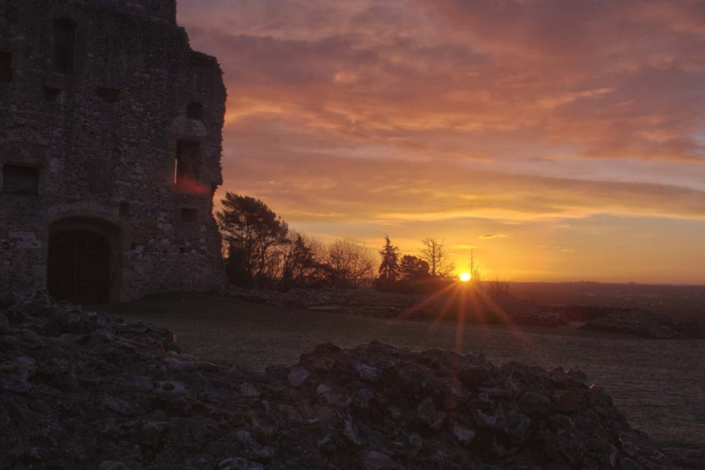 Sunrise at Donnington Castle
