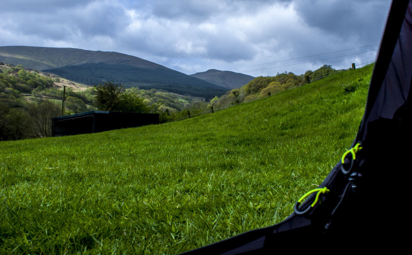 Microadventure #9: Backpacking in Snowdonia With Friends